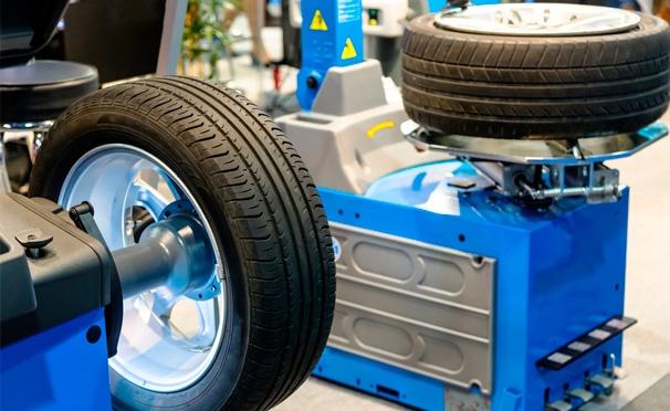 Скидка на Скидка до 63% на шиномонтаж и балансировку колес до R19 или хранение колес до R20 в шинном центре ShinserviceZD