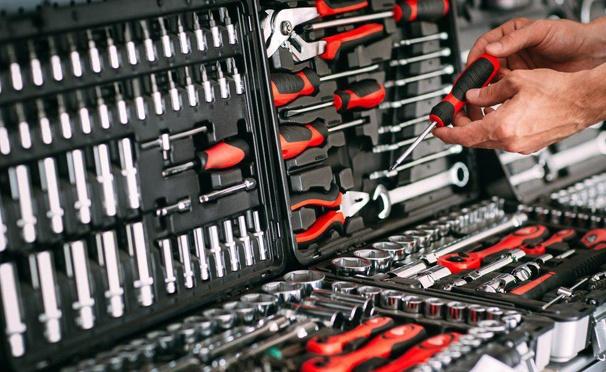 Скидка на Скидка 50% на большой и удобный набор инструментов Krafttechnik из 188 предметов от интернет-магазина Univermagmoskva