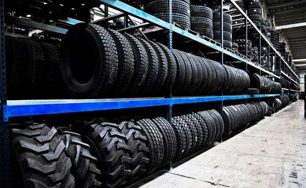 Сезонное хранение комплекта шин с дисками или без в автосервисе Pitlane-Sao. Скидка до 53%
