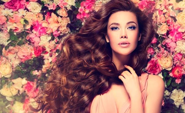 Скидка на Spa-уход за волосами, стрижка горячими ножницами, кератинизация волос, окрашивание, омбре и многое другое в салоне красоты «Кудряшка». Скидка до 86%